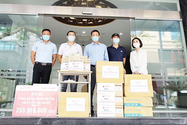 JVNET hỗ trợ thiết bị y tế cho Việt yên