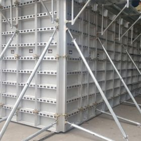 sản xuất phụ kiện xây dựng