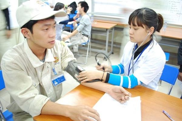 Người lao động phải đáp ứng được tiêu chuẩn về sức khỏe khi đi XKLĐ