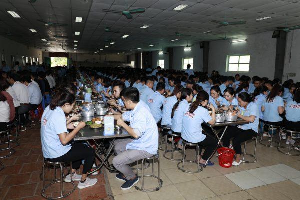 Khu nhà ăn riêng tại trung tâm học tiếng Nhật